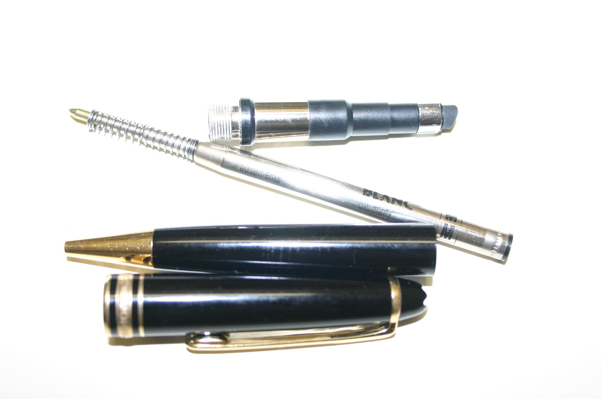 قلم الحبر