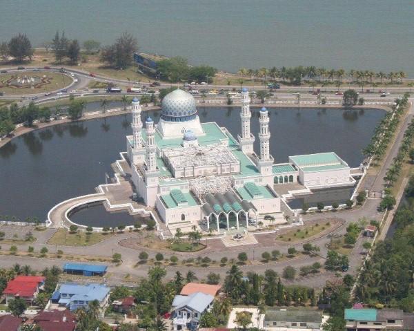 مسجد مدينة كوتا كينابالو