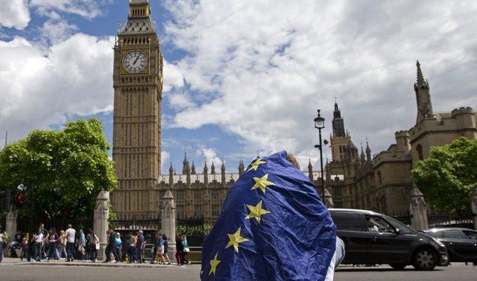 صور حول العالم: احتجاجات ضد قرار بريطانيا مغادرة الاتحاد الأوروبي في لندن