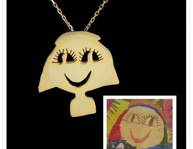 مجوهرات من رسومات الأطفال
