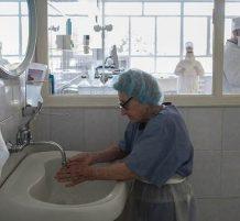 oldest surgeon