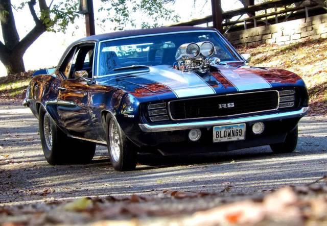 أروع السيارات القديمة
