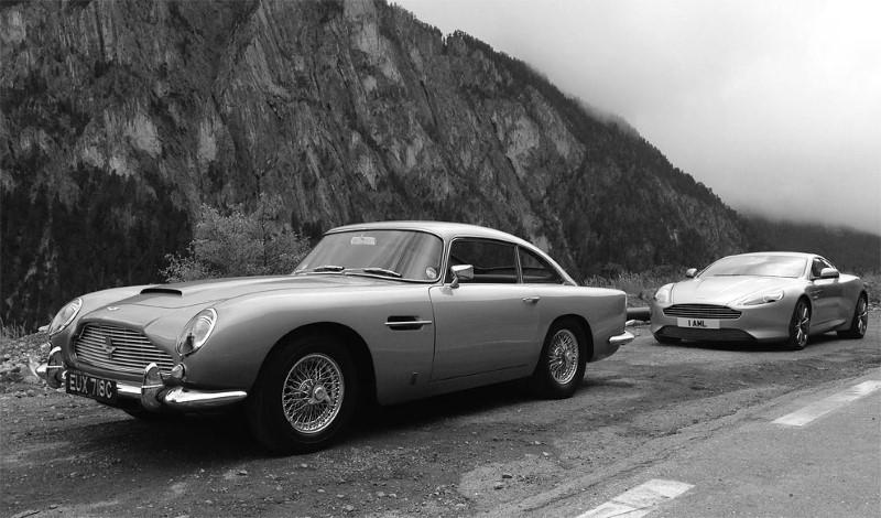 السيارات الكلاسيكية والحديثة