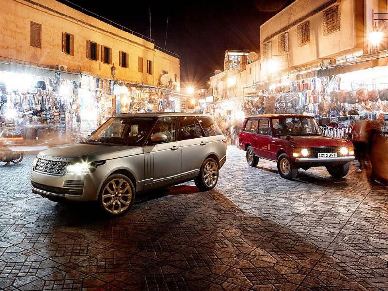 سيارات قديمة وحديثة