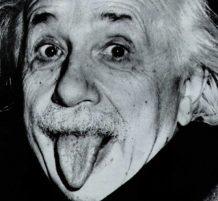 لسان آينشتاين