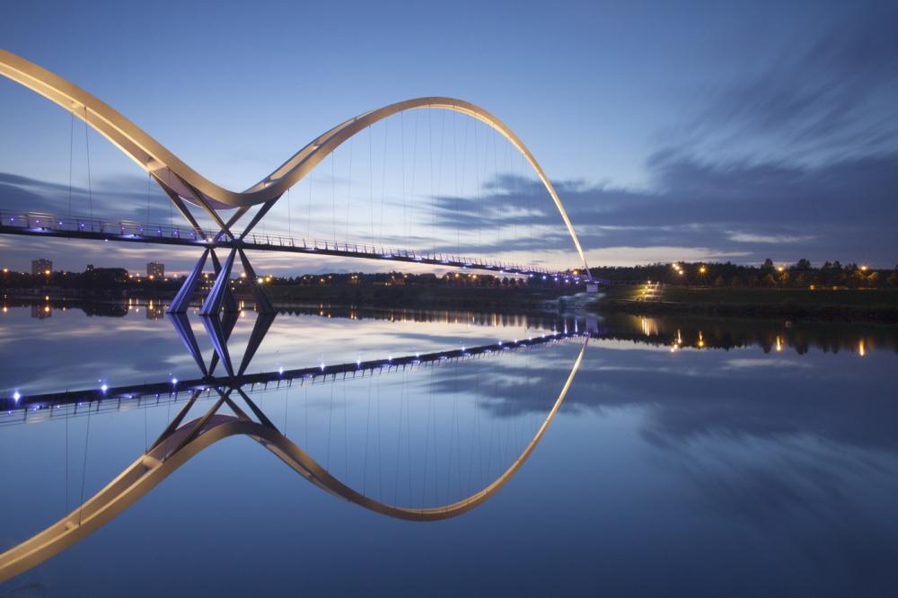 جسر إنفينتي