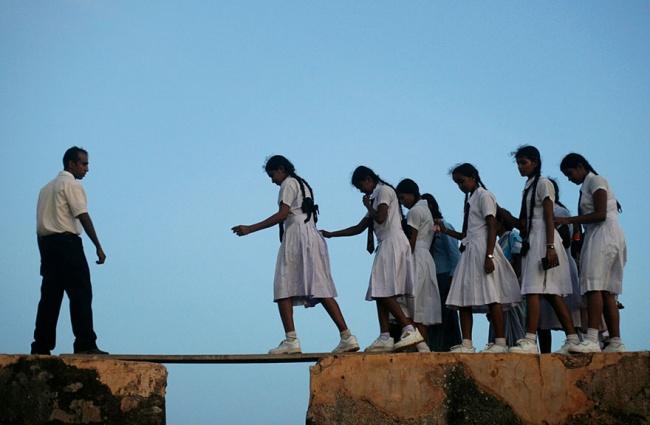رحلة الأطفال إلى المدرسة