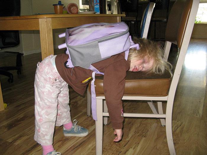 أطفال في أول يوم دراسي