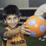 نادي دبي و رعاية الأطفال