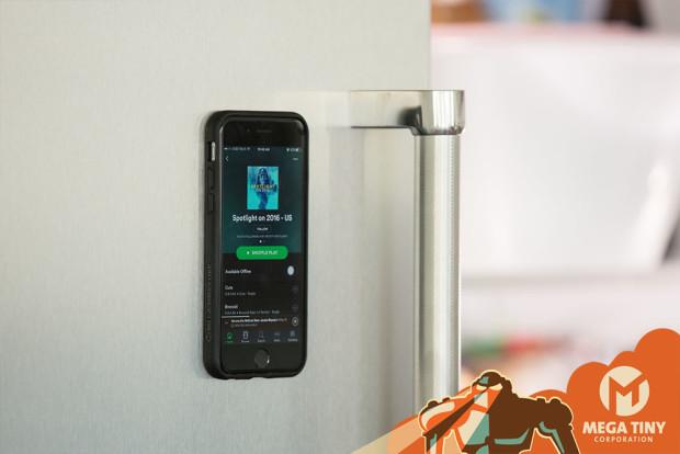 غطاء هاتف مضاد للجاذبية