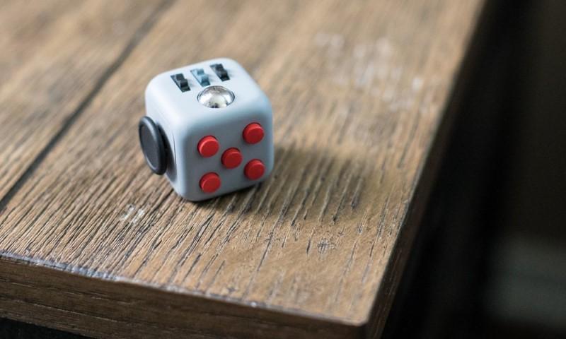 لعبة تملل الأصابع