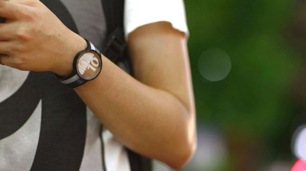 ساعة سوني