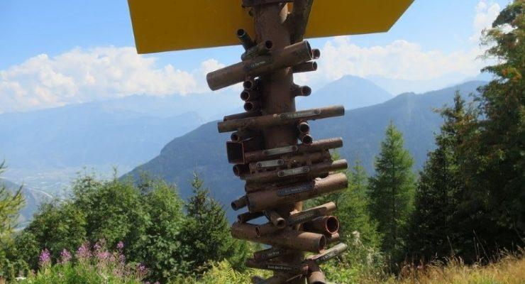 تمثال الأنابيب .. فكرة ذكية لاكتشاف الجبال السويسرية!