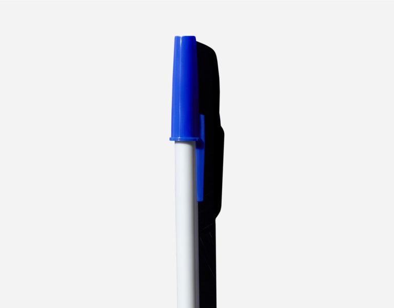 أقلام الحبر الجاف