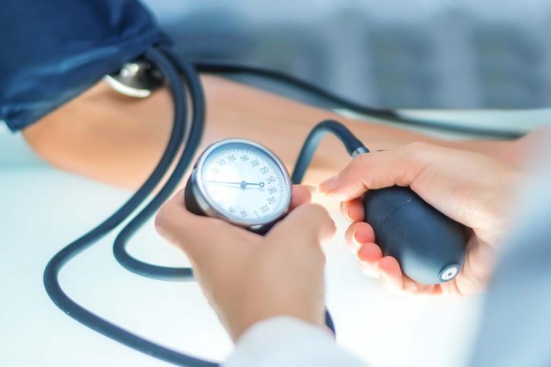 طرق منزلية بإمكانها خفض ضغط الدم لديك