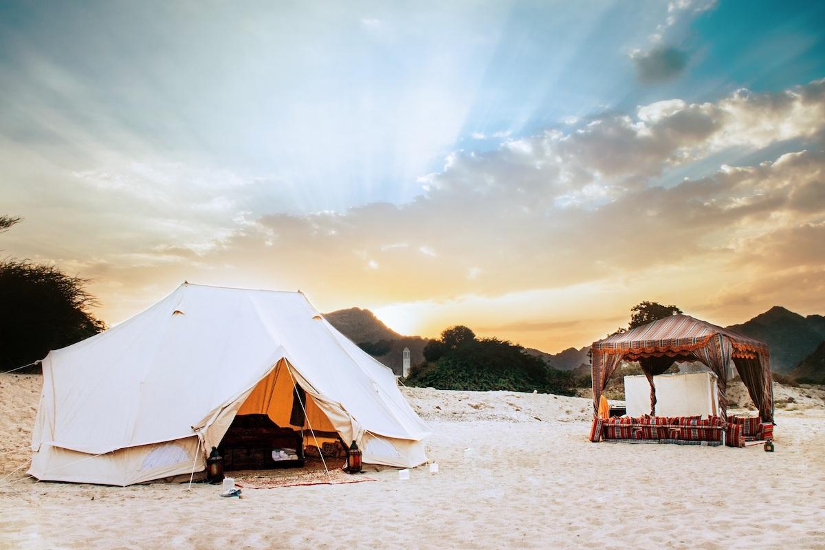 التخييم على الشاطئ