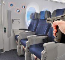 رصاصة تخترق طائرة
