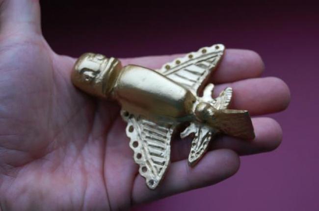 تماثيل الإنكا الذهبية