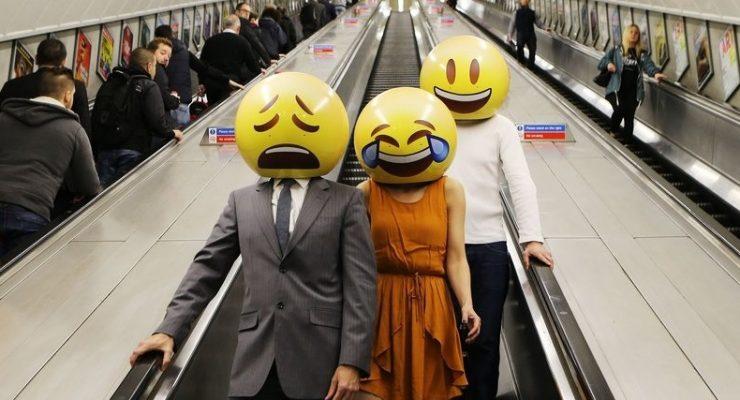 كيف تكشف الرموز التعبيرية عن عادات بلاد العالم؟