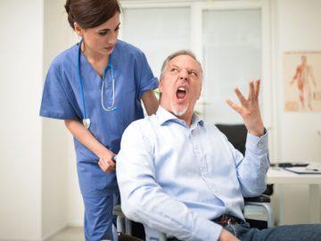 لمعاملة الأطباء
