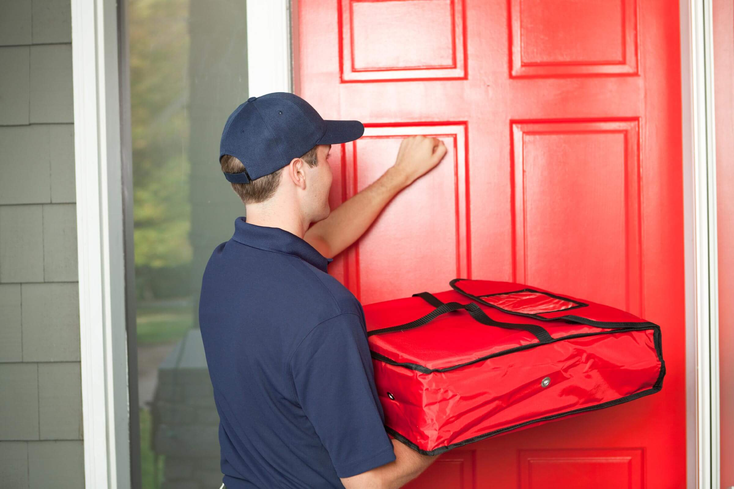 أكثر المواقف المرعبة التي واجهت عمال توصيل البيتزا