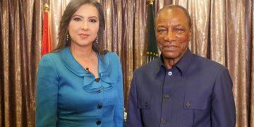 الرئيس الغيني في قابل للنقاش مع نوفر رمول