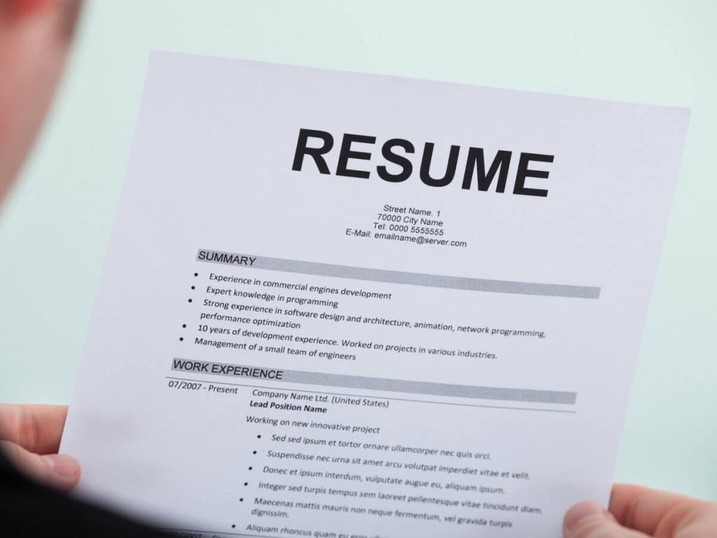 the perfect email subject line for job hunting business