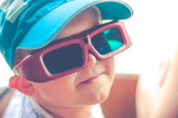 نظارة ثلاثية الأبعاد