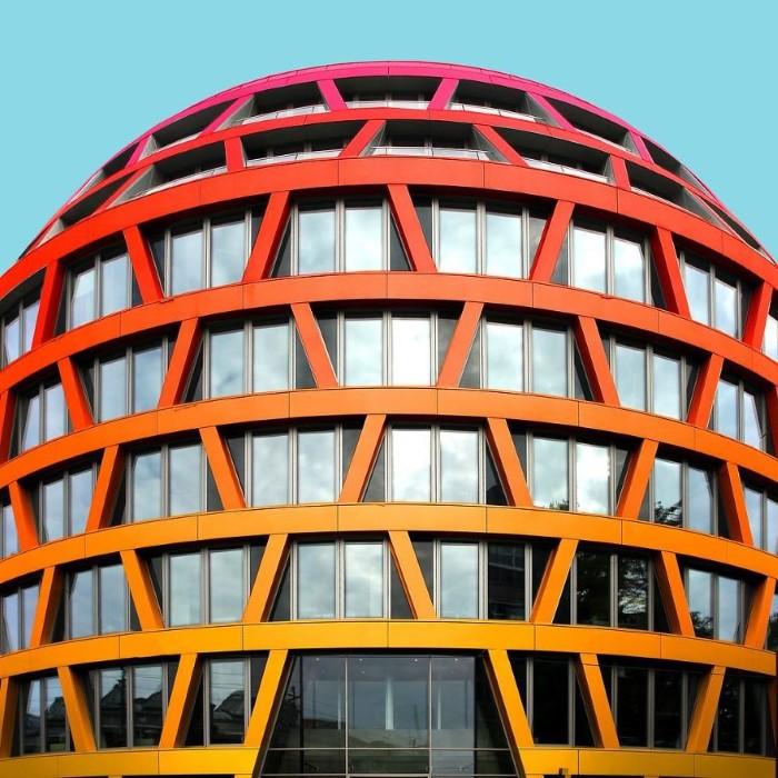 مباني ملونة