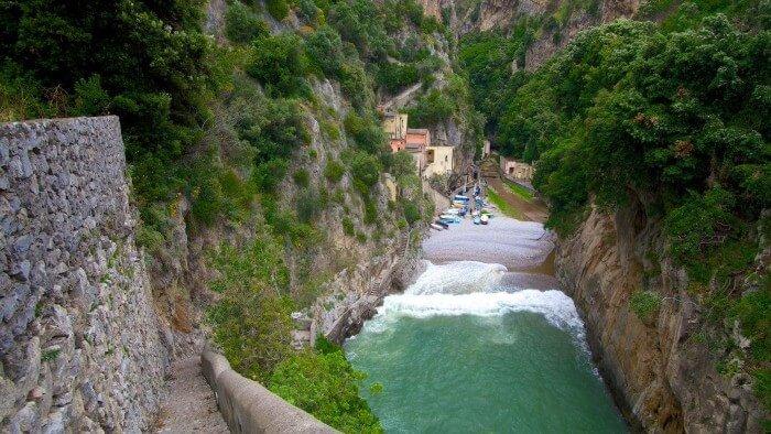 بلدة إيطالية