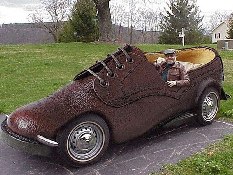 سيارة غريبة 20041711