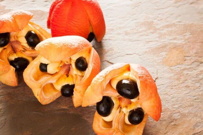 فاكهة الآكي