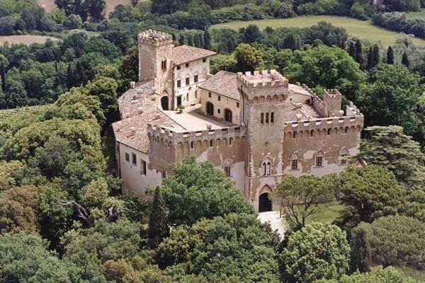 قلعة سانتا ماريا نوفيلا