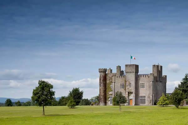 قلعة ليشين