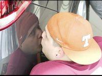 Kiss a KIA