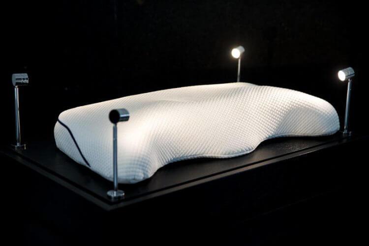 هل ستدفع 57000$ مقابل الحصول على أغلى وسادة نوم في العالم؟