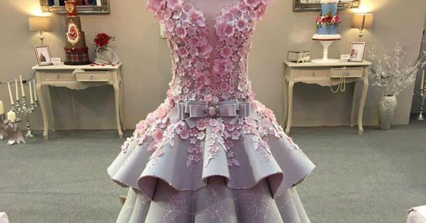 فستان زفاف قابل للأكل كليًا