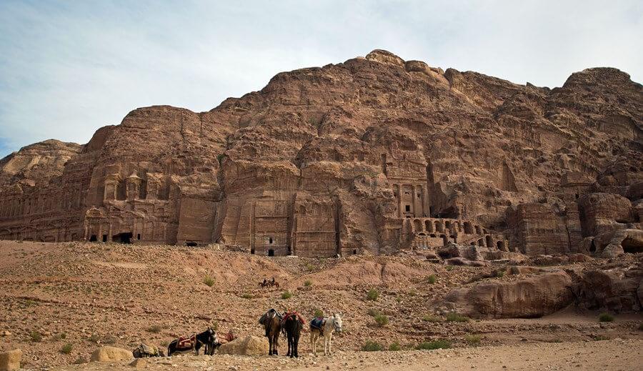 Petra-Cliffs