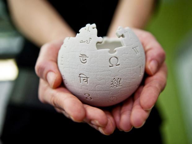 كيف يحصل موقع ويكيبيديا على الأرباح؟