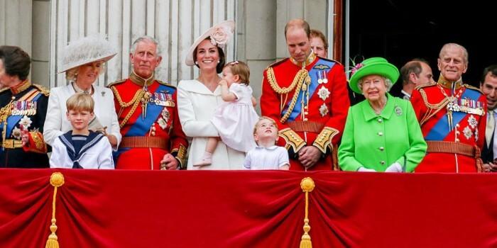 العائلة المالكة