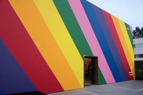 جدار قوس قزح في لوس أنجلوس