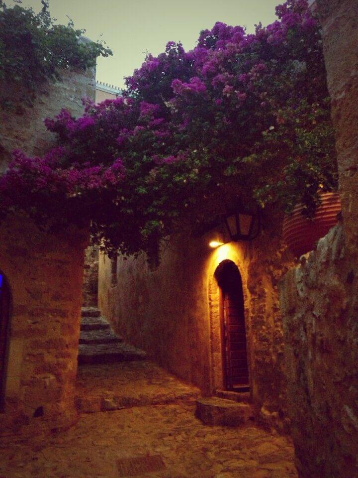 قرية يونانية
