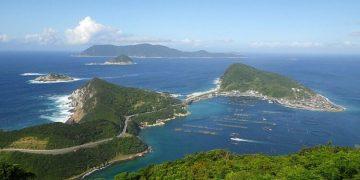 جزيرة يابانية