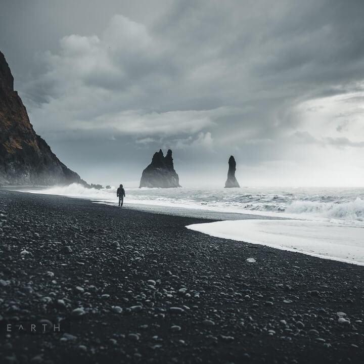 الشاطئ الاسود