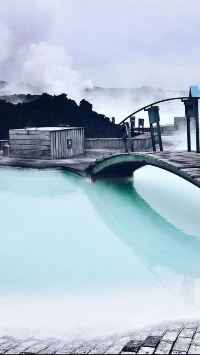 البحيرة الزرقاء