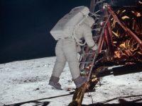 ألدرين على سطح القمر