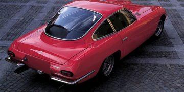 سيارة GT350