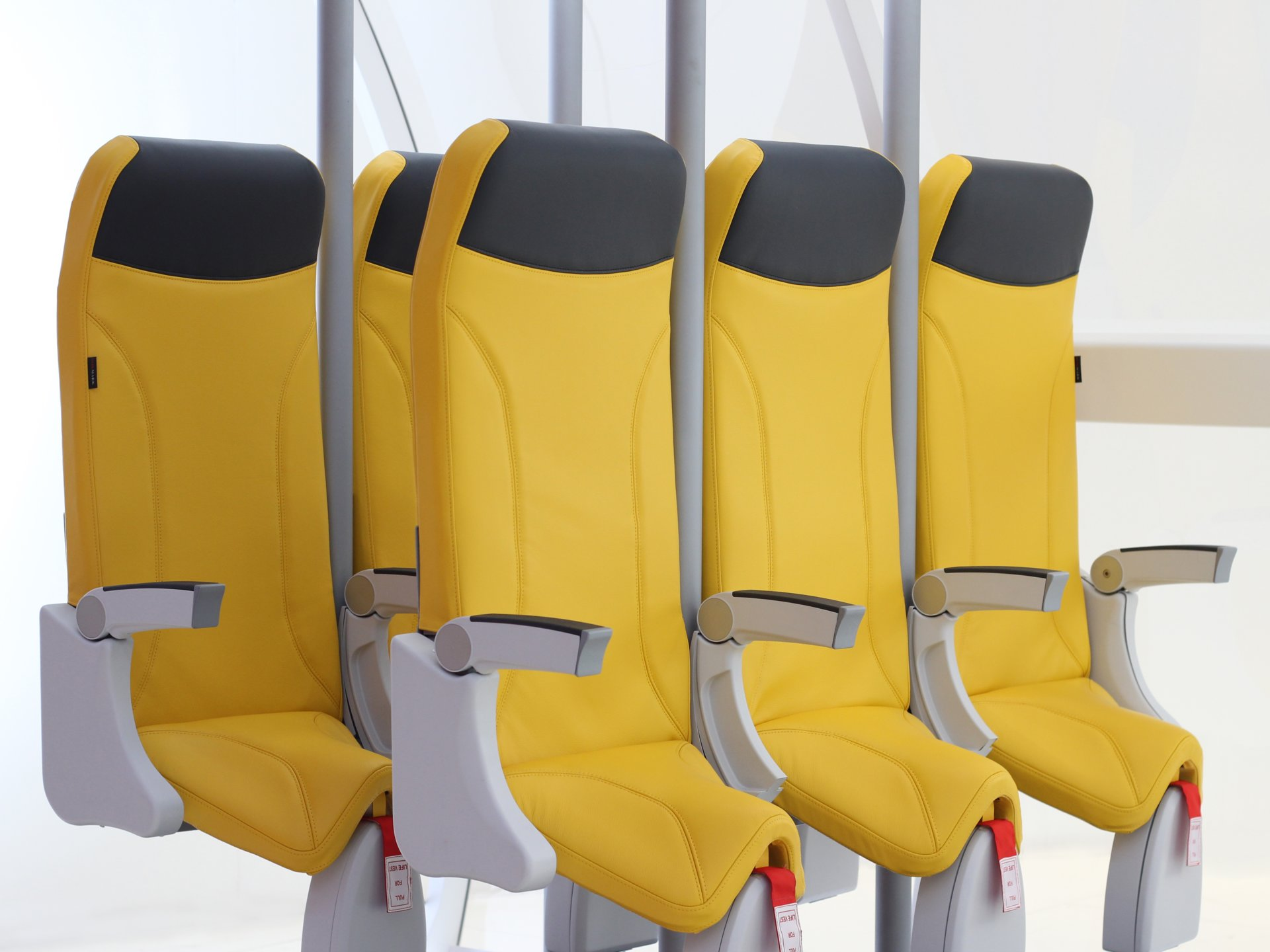 what's the secret of new parking seats in travel planes?